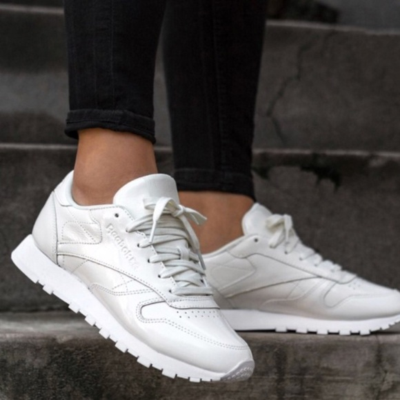 Leather Reebok White Poshmark Classic Shoes Triple Womens raXrv